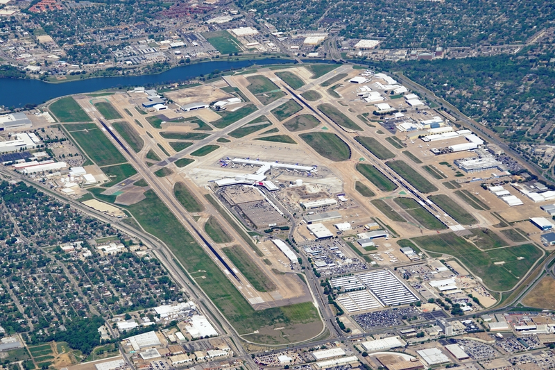 Dallas Airport consists of three runways.